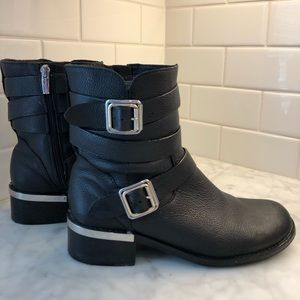 Vince Camuto Webey Moro Boot (8.5)